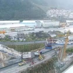 福建高能成功爆破拆除厦蓉高速龙岩危桥