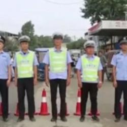 广州警方清查非法枪支爆炸物品